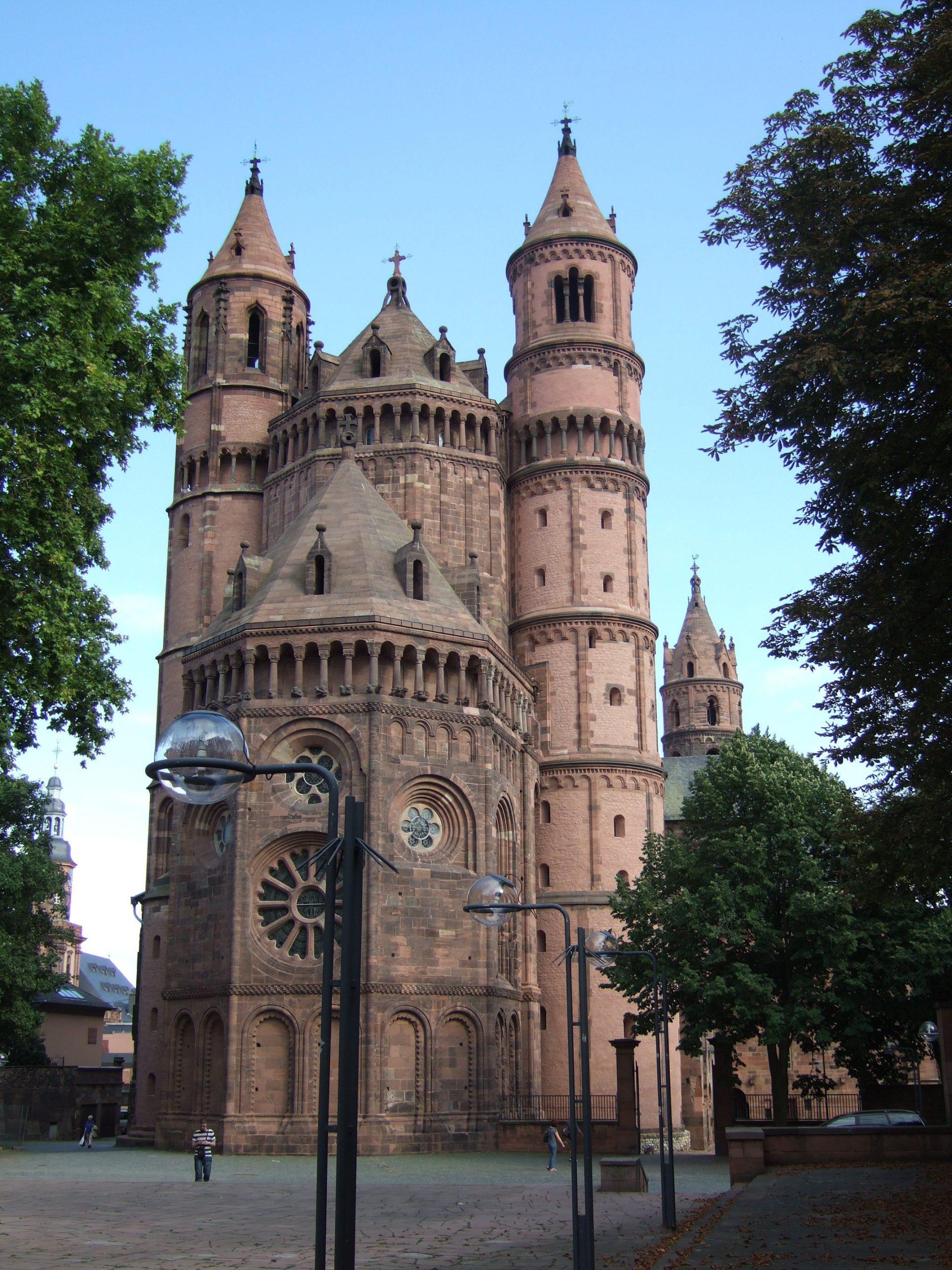 La_Catedral_de_Worms_vista_des_del_sector_de_l'absis